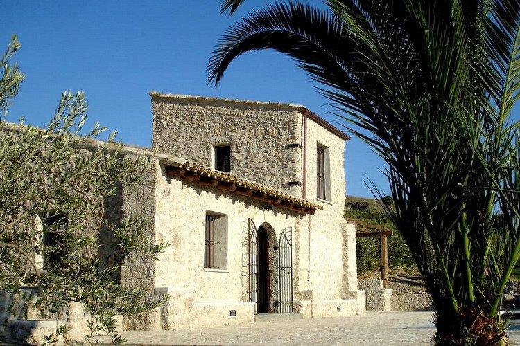 Mandranova Villa